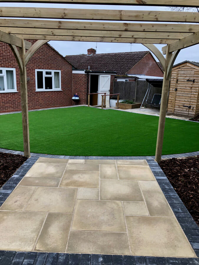 R Parker Paving and Landscapes in Worcestershire
